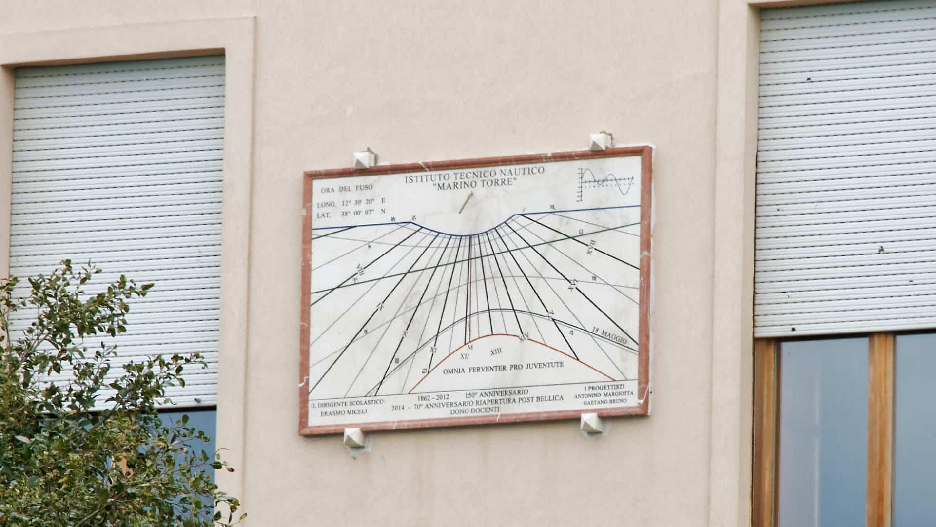 orologio solare marmo