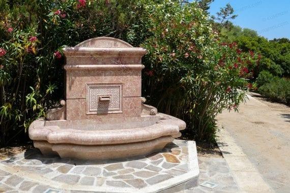 fontana marmo rosa sardegna bivioarchi 1030297