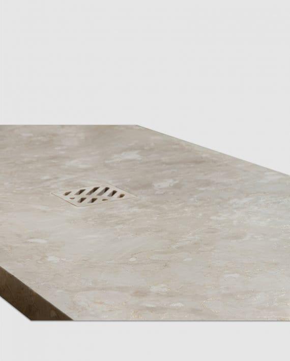 bodengleiche Marmor-Duschwanne Detail